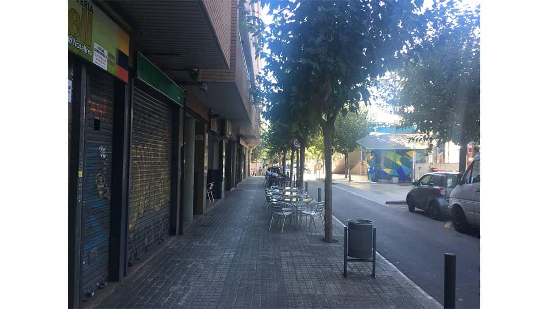 Local en venta o alquiler en Hospitalet de Llobregat, Calle Ramón y Cajal 31