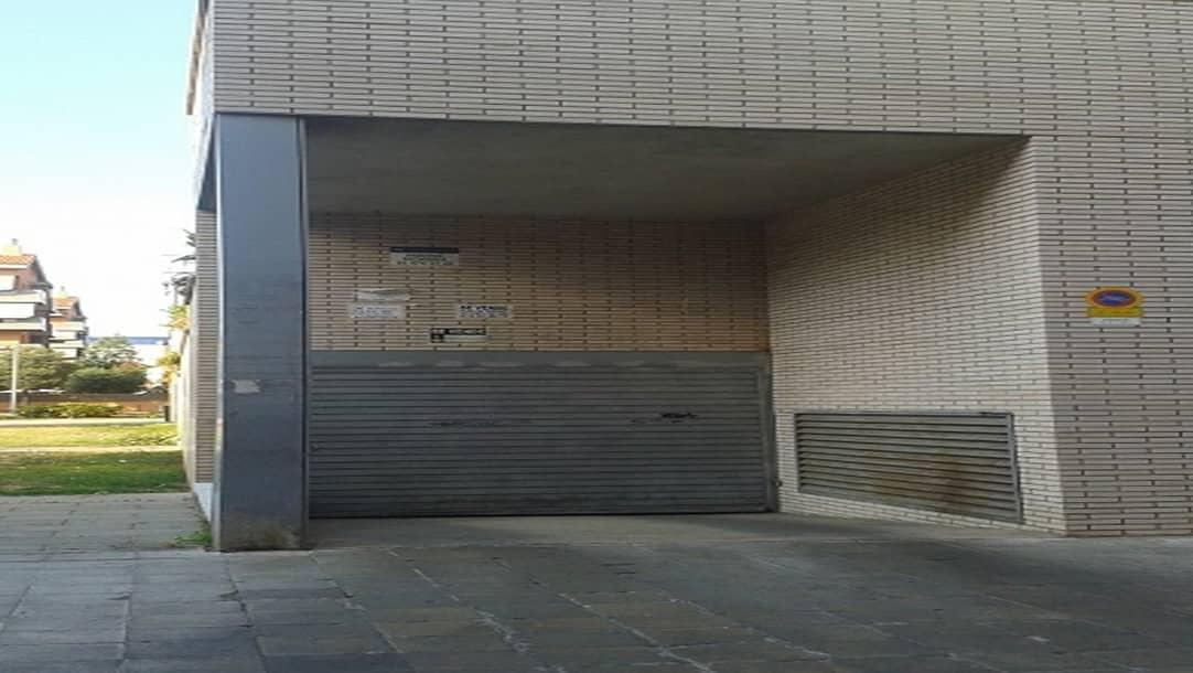 Parking en alquiler en Castelldefels, calle Agricultura 2