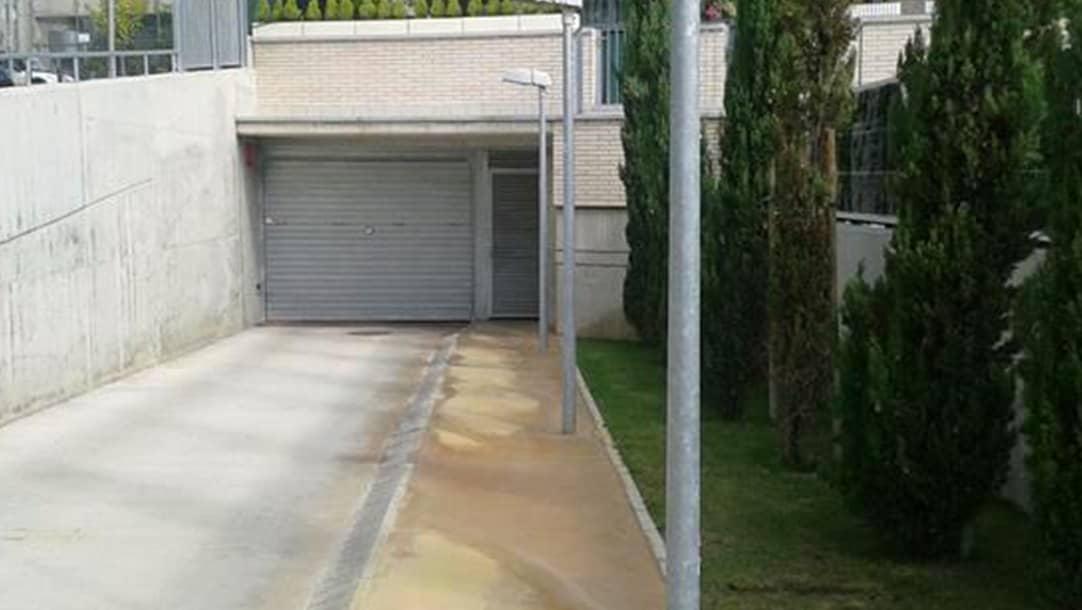 Parking en venta o alquiler en Sant Boi de Llobregat, camí del Llor 19-24 - El Llor