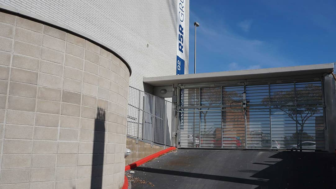 Parking en venta o alquiler en Sant Boi de Llobregat, Ronda Sant Ramón 12-14