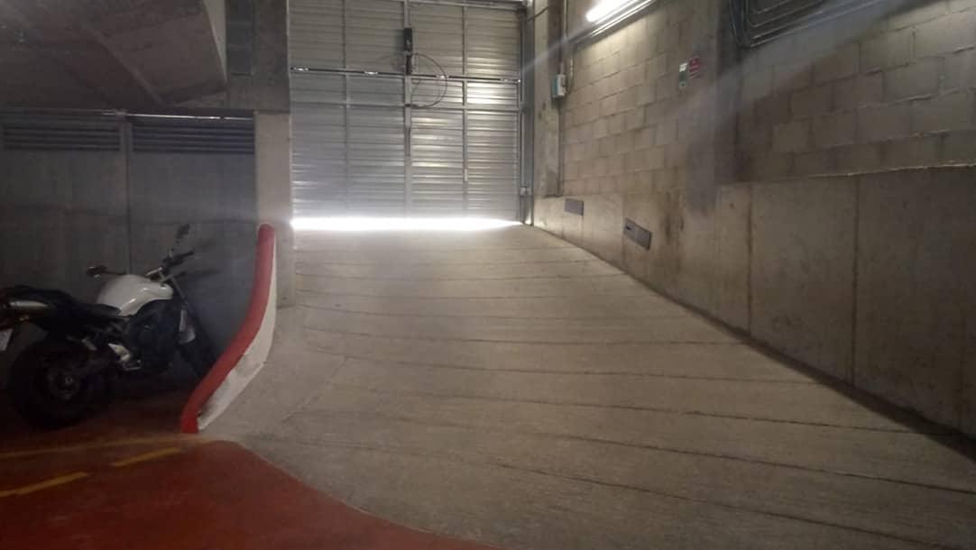 Parking en venta o alquiler en Sant Boi de Llobregat, Ronda Sant Ramón 26 - El Llor