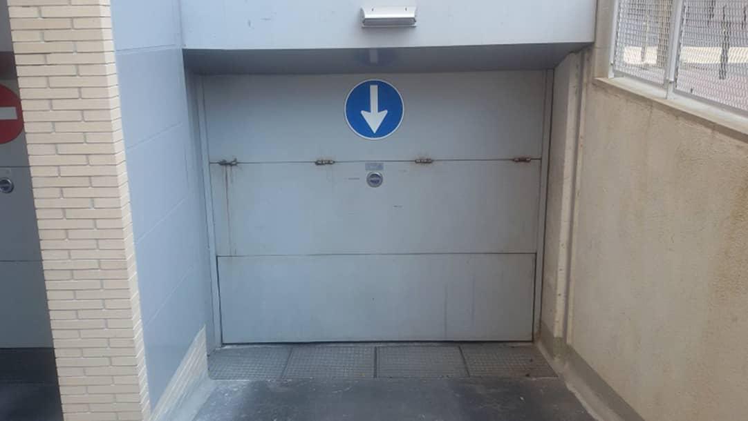 Parking en venta o alquiler en Viladecans, Avenida Siglo XXI 27