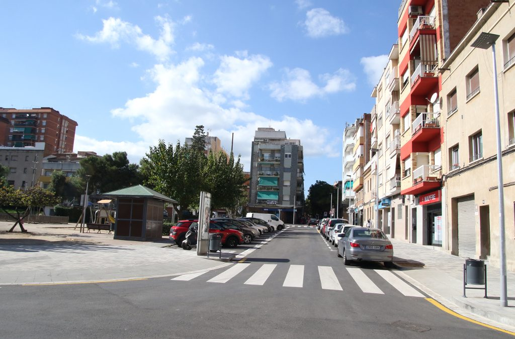 Sant Boi remodela la plaça generalitat