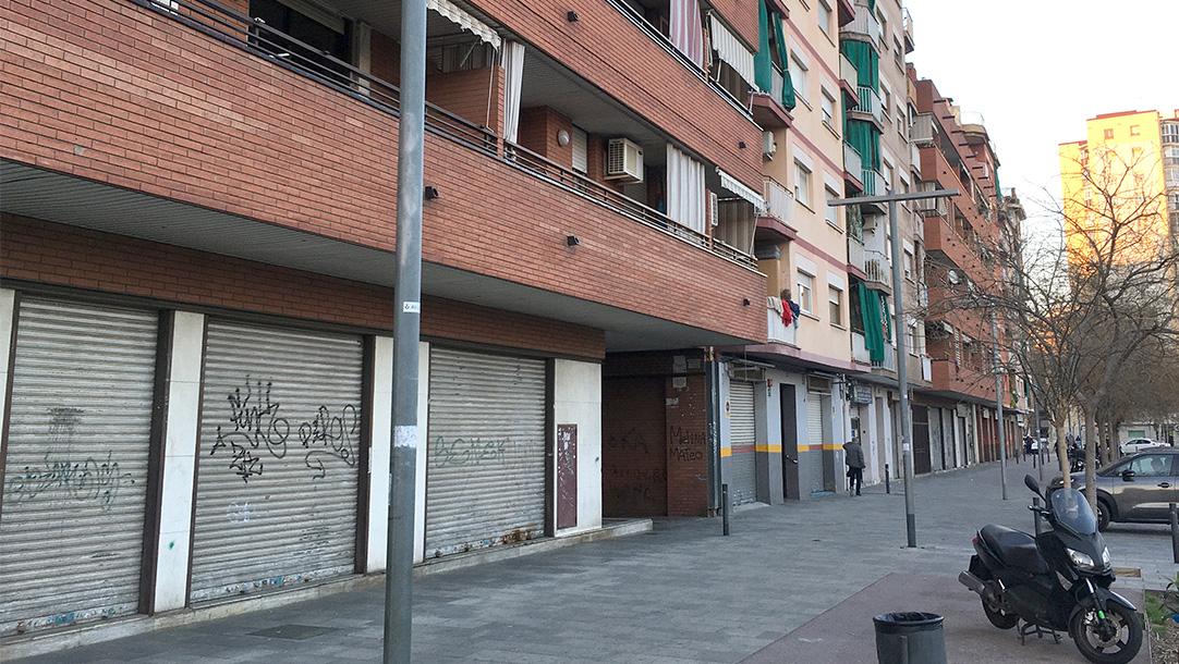 Local Sant Adrià del Besós Avinguda Corts Catalanes vista exterior